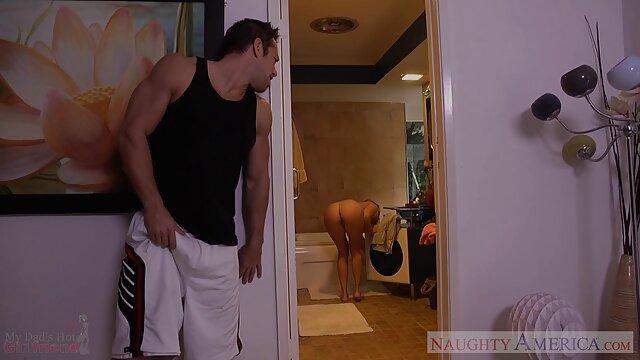 Itsuka gratis erotikfilme ansehen Naughty Asian Babe saugt Schwanz und bekommt eine Gesichtsbehandlung