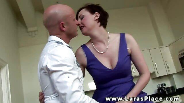 Schwester suche kostenlose erotikfilme öffnete die Tür