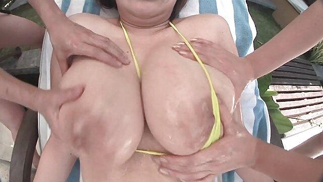 Bikini sex
